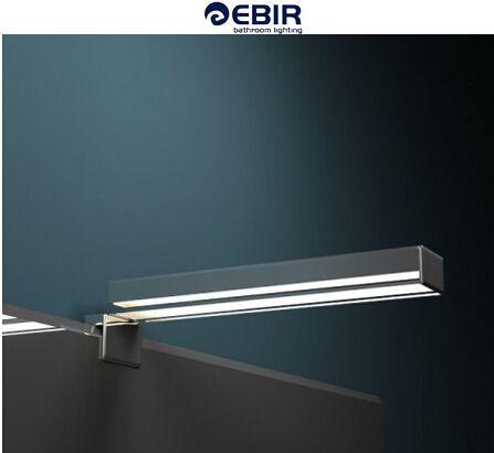 Pure Eleganz, unverwechselbare Ausstrahlung: Die Spiegelleuchte Elena überzeugt mit klarer Linie und toller LED-Leuchtkraft.